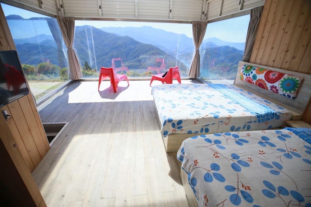 清境螢營的天空玻璃屋